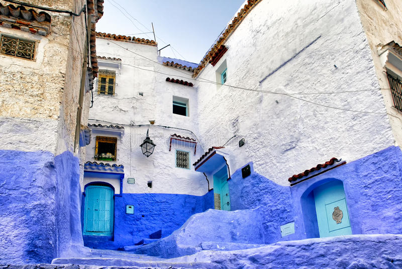 Medina de la ciudad azul Chefchaouen, Marruecos imagen de archivo libre de regalías
