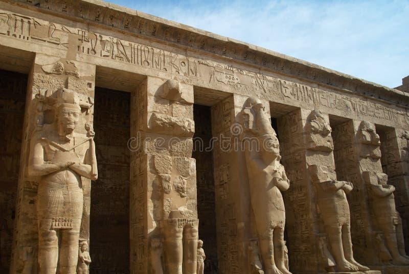 Medinet Habu古老埃及寺庙 免版税图库摄影