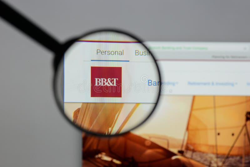 Mediolan Włochy, Sierpień, - 10, 2017: BB&T Corp logo na stronie internetowej h obraz royalty free