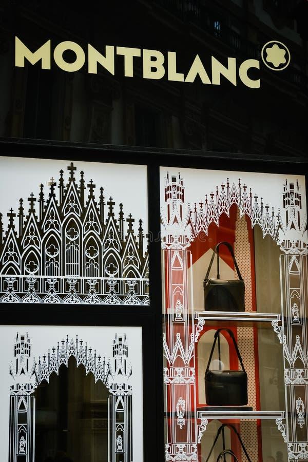 Mediolan Włochy, Wrzesień, - 24, 2017: Montblanc sklep w Mediolan Fa zdjęcie stock