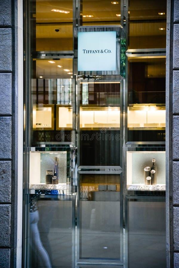 Mediolan Włochy, Wrzesień, - 24, 2017: Tiffany sklep w Mediolan Fash fotografia stock