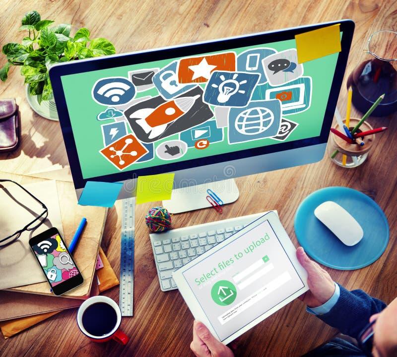 Medios concepto de lanzamiento social de la tecnología del planeamiento de la estrategia imagenes de archivo