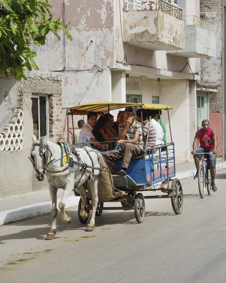 Medios de transporte en Cuba 2013 foto de archivo libre de regalías
