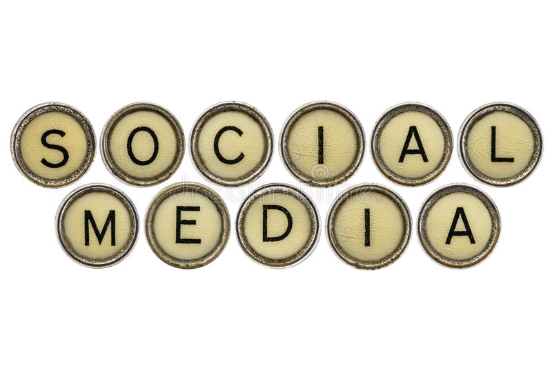 Medios sociales en llaves de la máquina de escribir foto de archivo libre de regalías