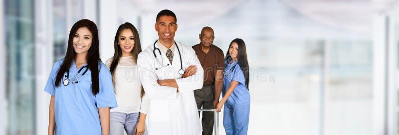 Medisch personeel in het ziekenhuis royalty-vrije stock afbeeldingen