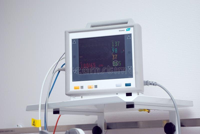 Medische apparatuur in het ziekenhuis stock afbeelding