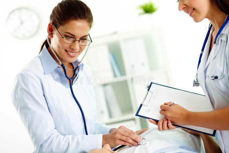 Medische behandeling royalty-vrije stock afbeelding