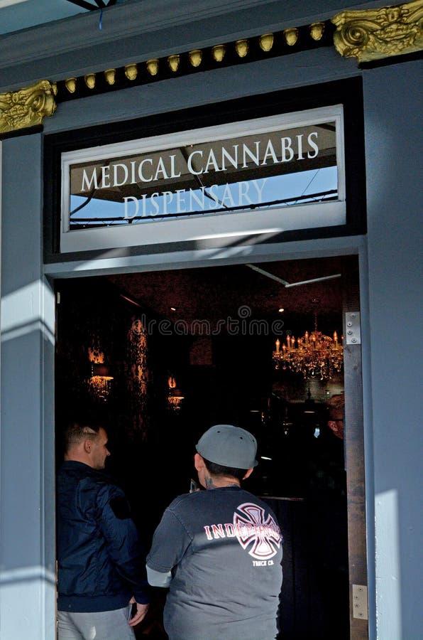 Medische cannabisapotheek in San Francisco California stock afbeeldingen