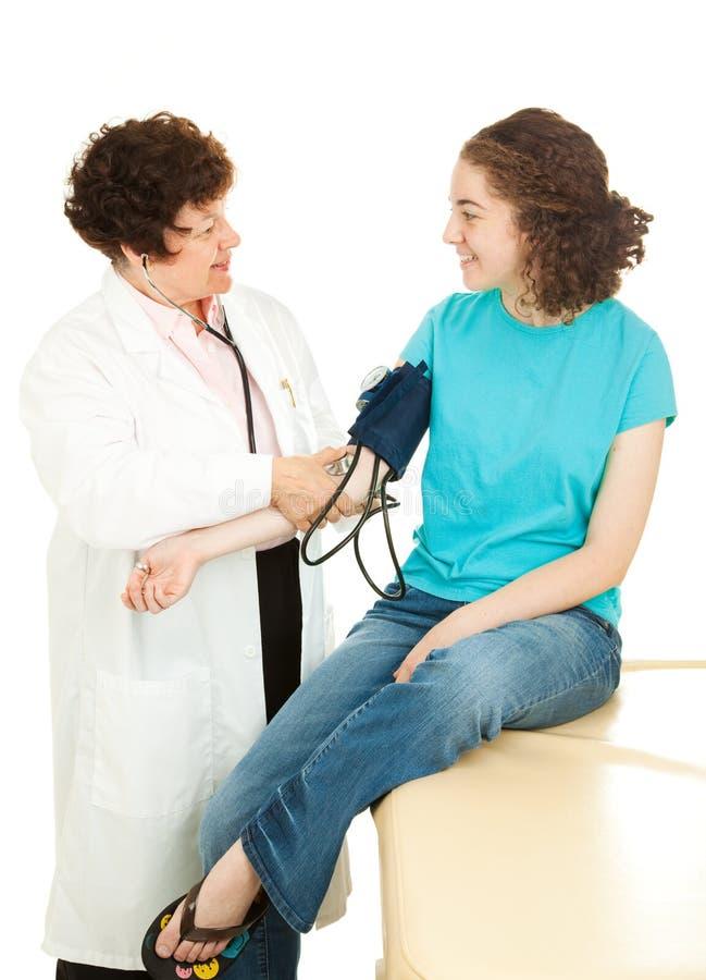 Medische tiener - Bloeddruk royalty-vrije stock afbeelding
