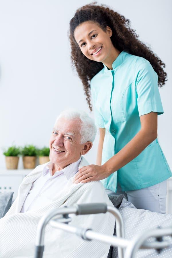 Medische woonhuiszorg stock afbeelding