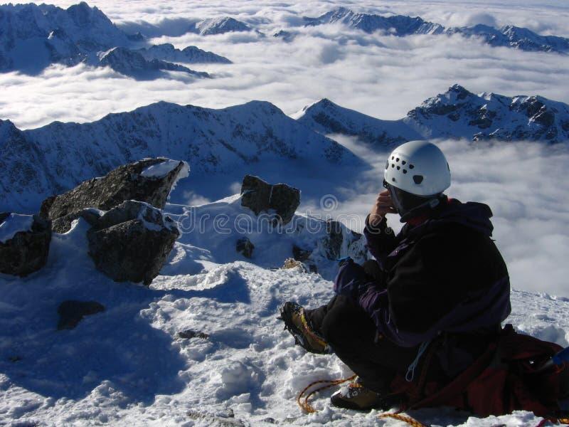 Meditación de la montaña fotografía de archivo libre de regalías