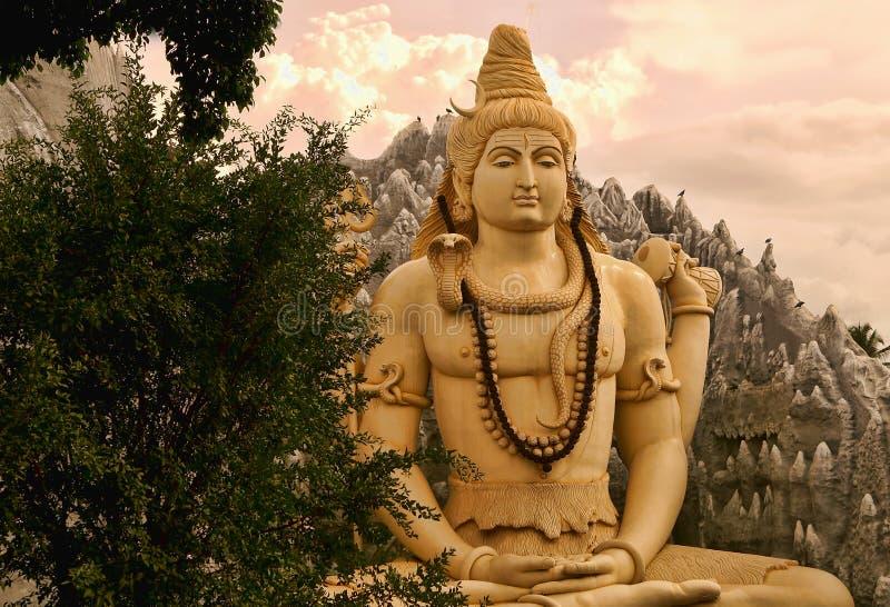 Meditar a Lord Shiva imágenes de archivo libres de regalías