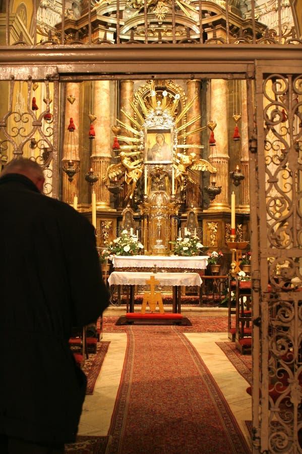 Meditatie in de kerk royalty-vrije stock foto's