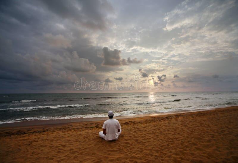 Meditating fotografie stock libere da diritti