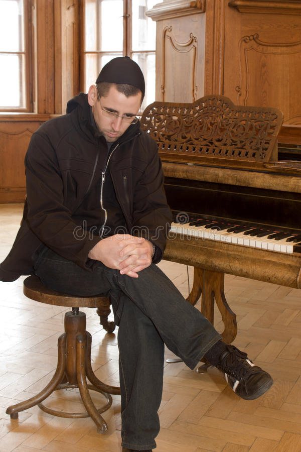 Meditatioin del pianoplayer fotografía de archivo