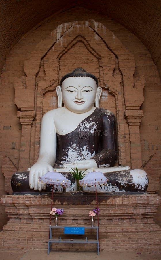 Meditations-Buddha-Statue Myanmar-Art lizenzfreie stockfotos