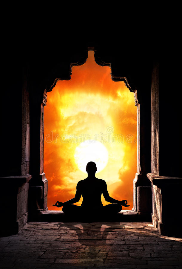 meditationtempelyoga royaltyfria bilder