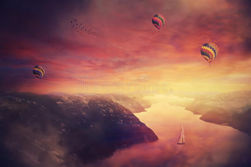 Meditativ purpurfärgad solnedgång arkivbild