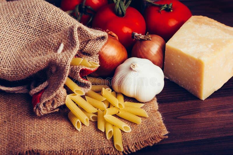 Mediterraan dieetvoedsel stock foto's