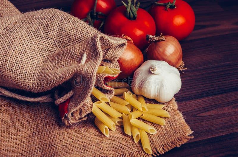 Mediterraan dieetvoedsel stock afbeelding