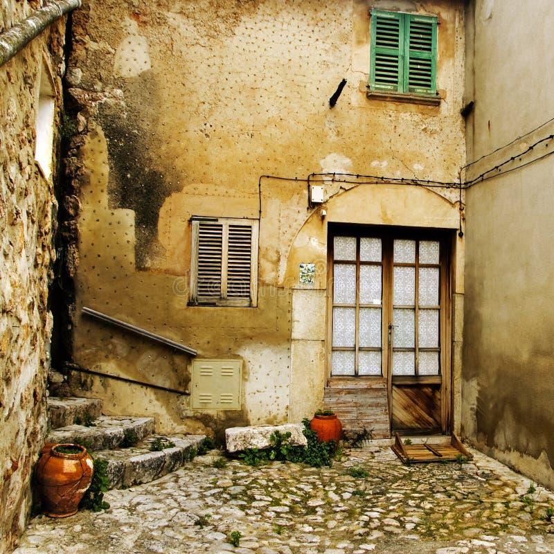Mediterraan dorp royalty-vrije stock afbeeldingen