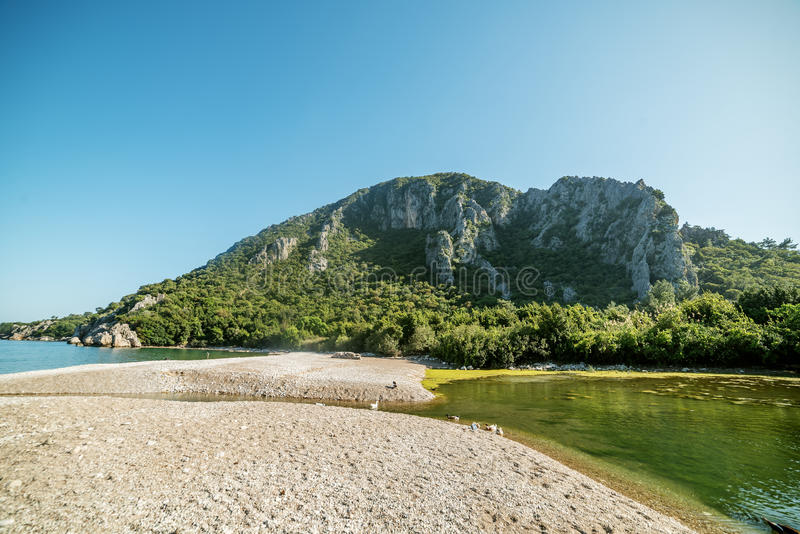 Mediterrane kosten naast Kemer, Antalya Destrict, Turkije royalty-vrije stock foto