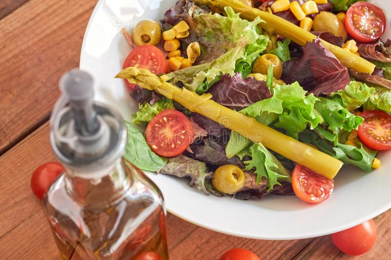 Mediterranean salad with asparagus and tomatoes royalty free stock images