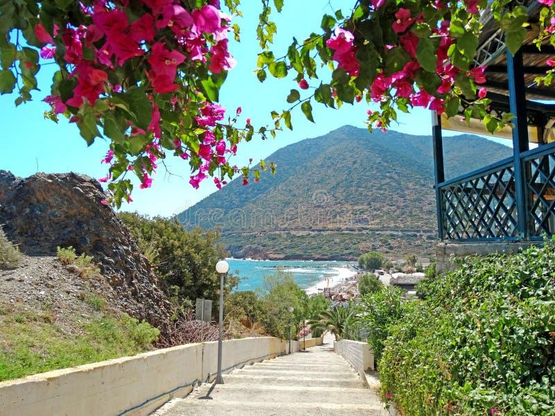 Download Meditrannean海克利特海岛希腊海岸线风景 库存照片. 图片 包括有 和谐, 海岸线, 绿松石, 火箭筒 - 72359948