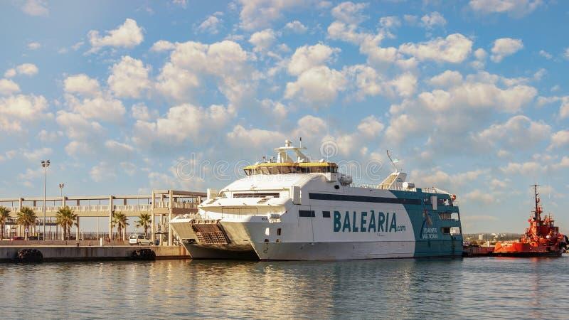 Meditteranean海Balearia轮渡在马略卡 免版税库存图片