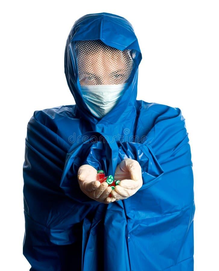 Medizindoktor mit medizinischem in den Händen stockbild