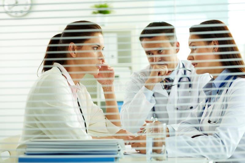 Medizinische Abfrage stockbild