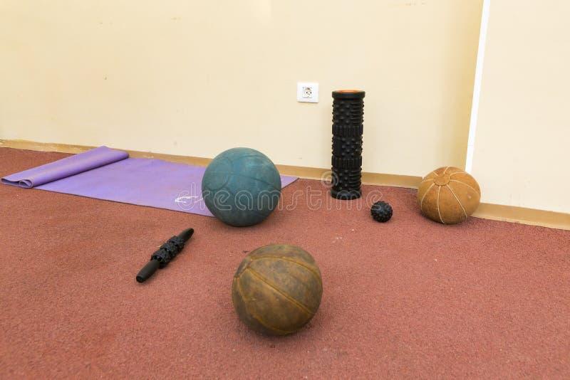 Medizinische Wiederaufnahme unter Verwendung der Sportwerkzeuge stockbild