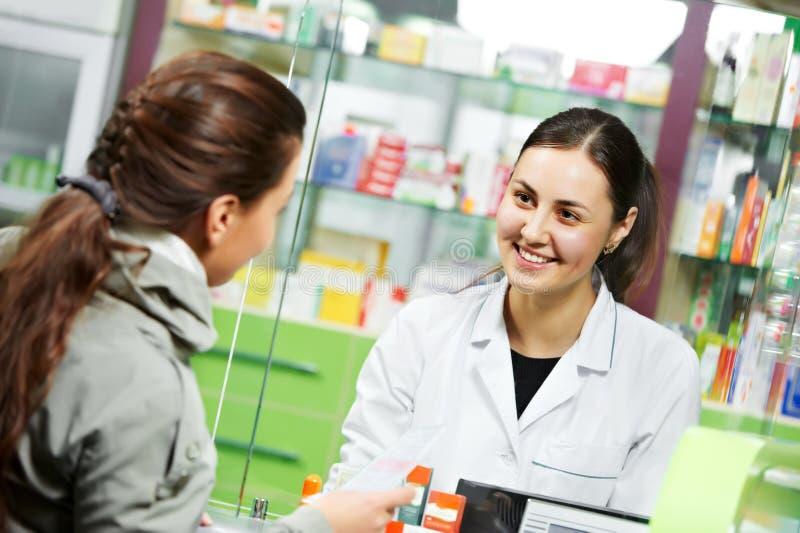 Medizinischer Apothekedrogekauf stockfoto