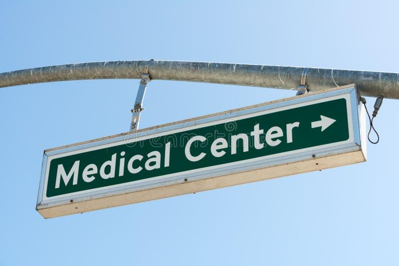 Medizinisches Zentrum-Rechts stockbild