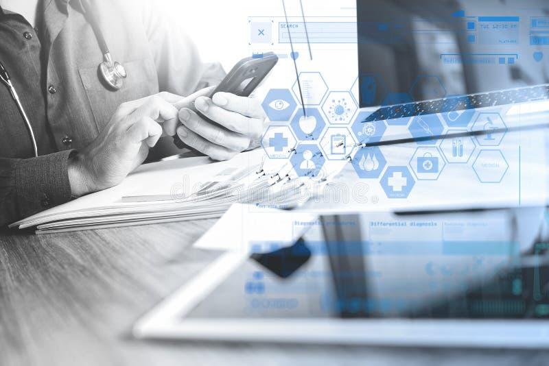 Medycyny lekarki ręka trzyma nowożytnego cyfrowego mądrze telefon i lapt ilustracja wektor