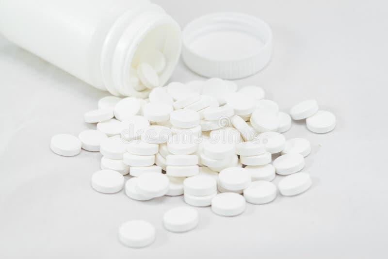 Medycyny na bielu zdjęcie royalty free