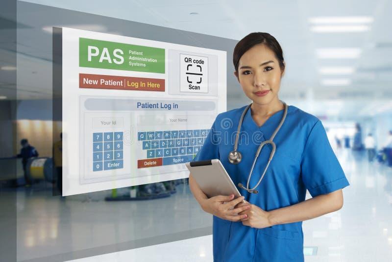 Medyczna technologie informacyjne przedstawienia jaźni rejestracja dla patien zdjęcia royalty free