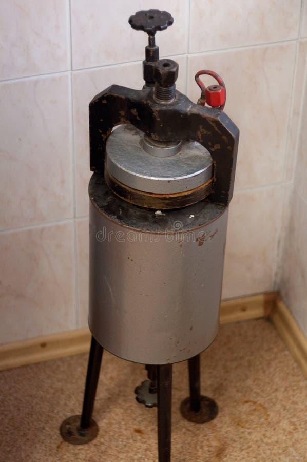 Medyczny autoklaw dla sterylizacyjnych instrumentów zdjęcia stock