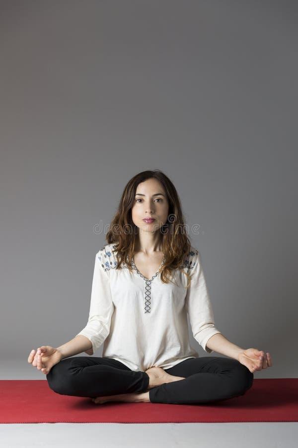 Medytaci kobieta obraz royalty free