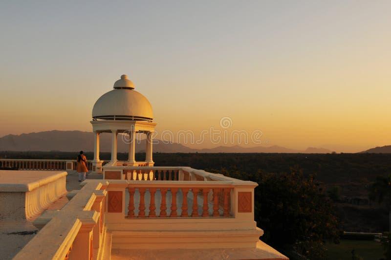 medytacja z panoramicznym widokiem przy Balaram dziedzictwa hotelem obrazy stock
