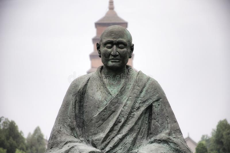 Medytować mnich buddyjski statuę Xian fotografia royalty free