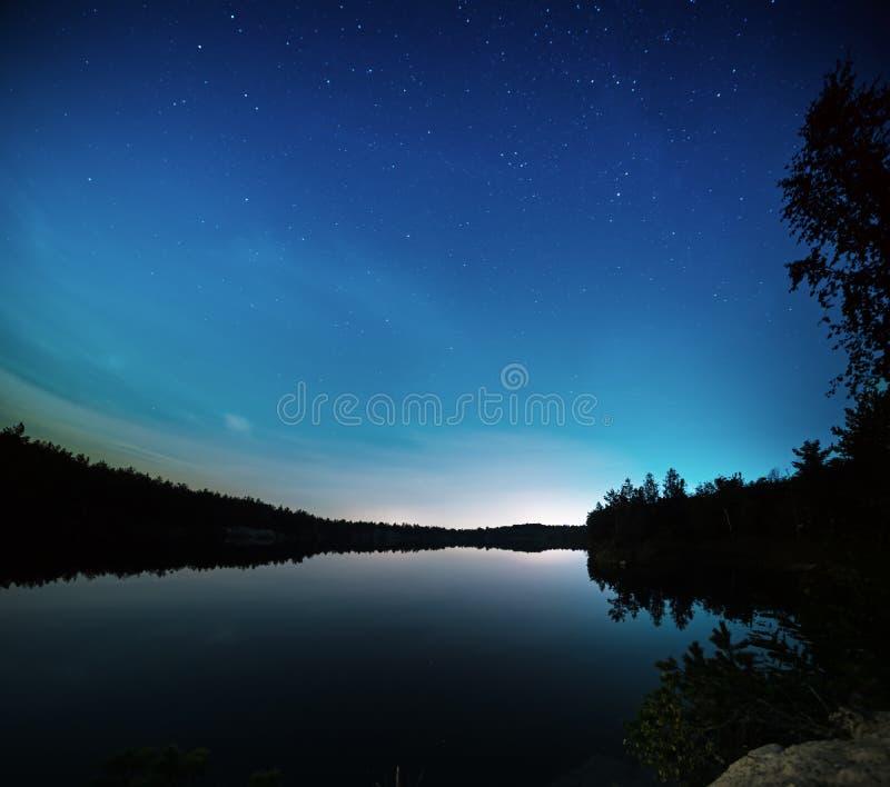 Meer bij nacht royalty-vrije stock fotografie