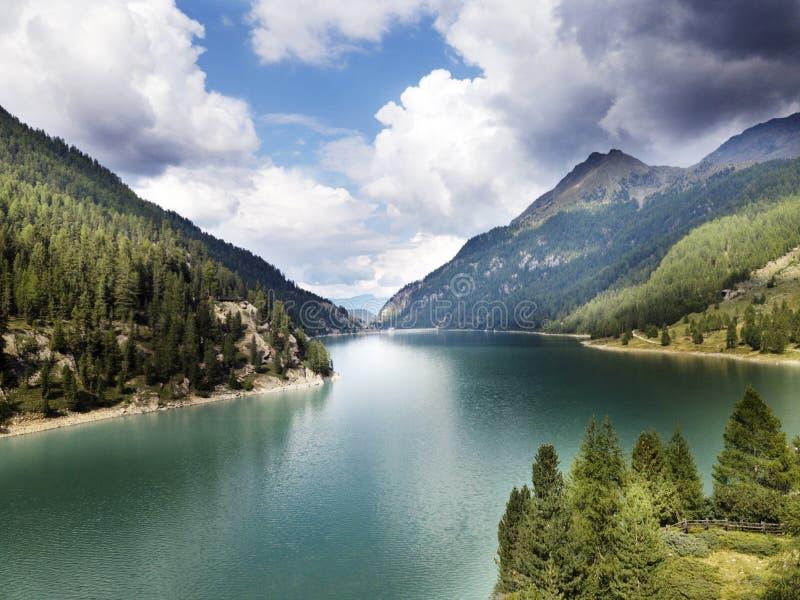 Meer Gioveretto Bolzano Italië royalty-vrije stock foto's