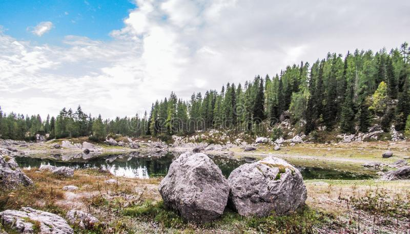 Meer in het gebied Dolina Sedmerih jezer, het Nationale Park van Triglav, Slovenië 2 royalty-vrije stock foto's