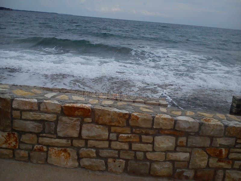 Meer in Kroatien lizenzfreies stockfoto