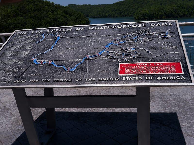Meer Norris door Norris Dam op de Rivierklinknagel wordt gevormd in Tennessee Valley de V.S. die royalty-vrije stock fotografie