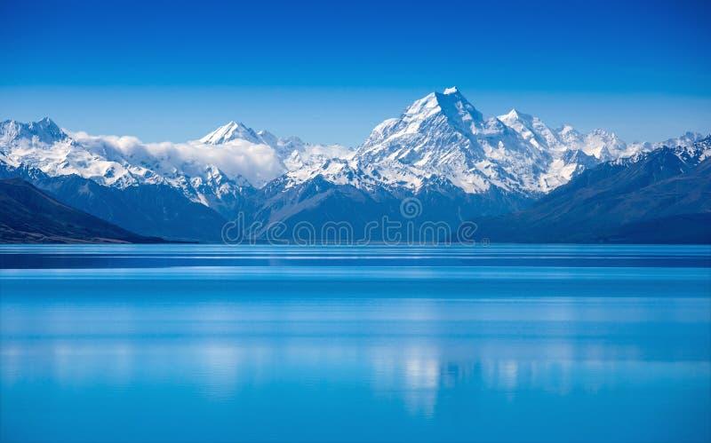 Meer Pukaki, Zuideneiland, Nieuw Zeeland stock fotografie