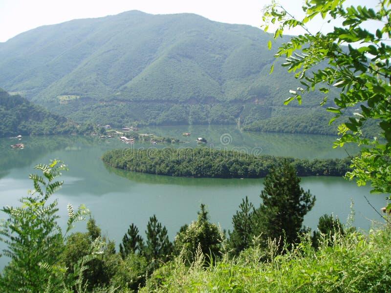 Meer in Rodopi, Bulgarije royalty-vrije stock afbeeldingen