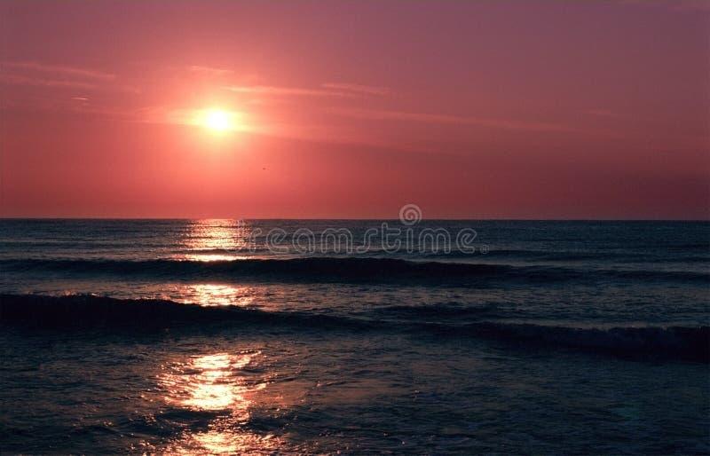 Meer-Sonnenuntergang lizenzfreies stockbild