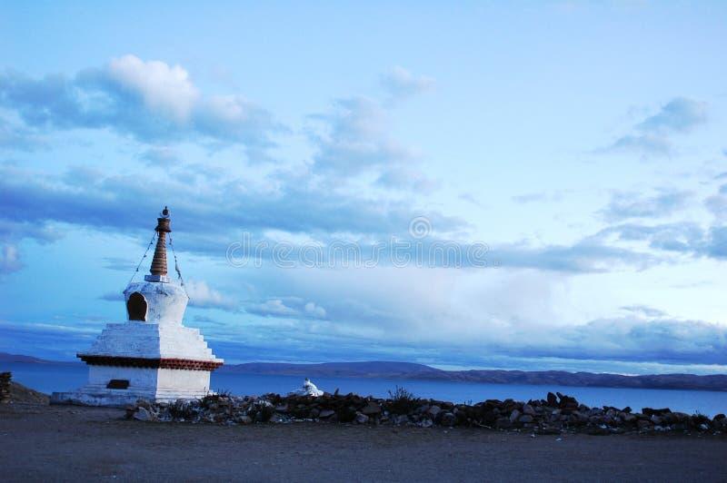 Meer in Tibet stock afbeelding
